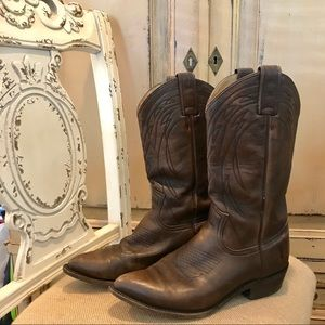 Frye Brown Woman's Billy Pull On Cowboy Boot 9 1/2